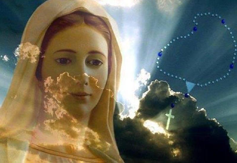 Marie, Mère Divine